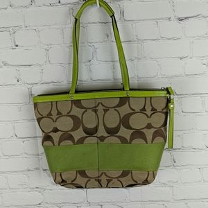 Coach Purse In Leather And Canvas